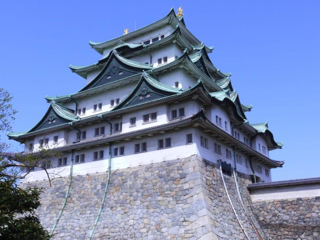 昼の名古屋城