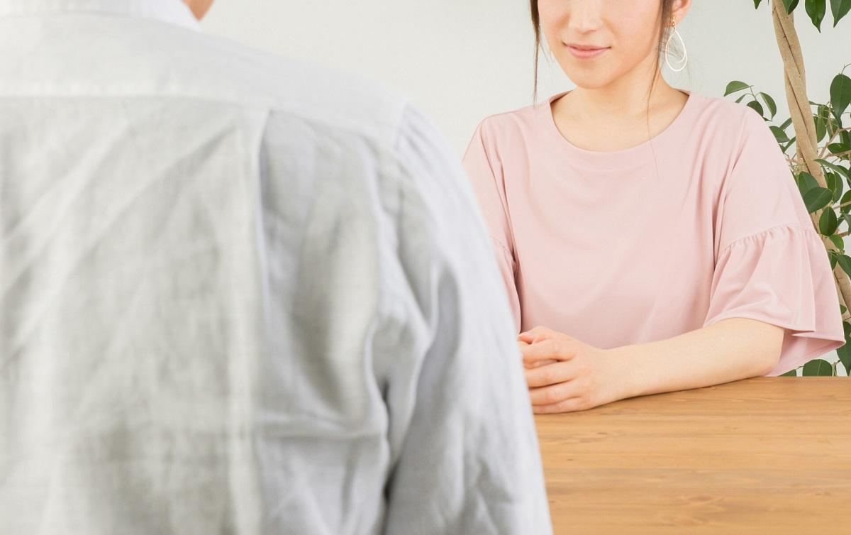 女性 男性 会話