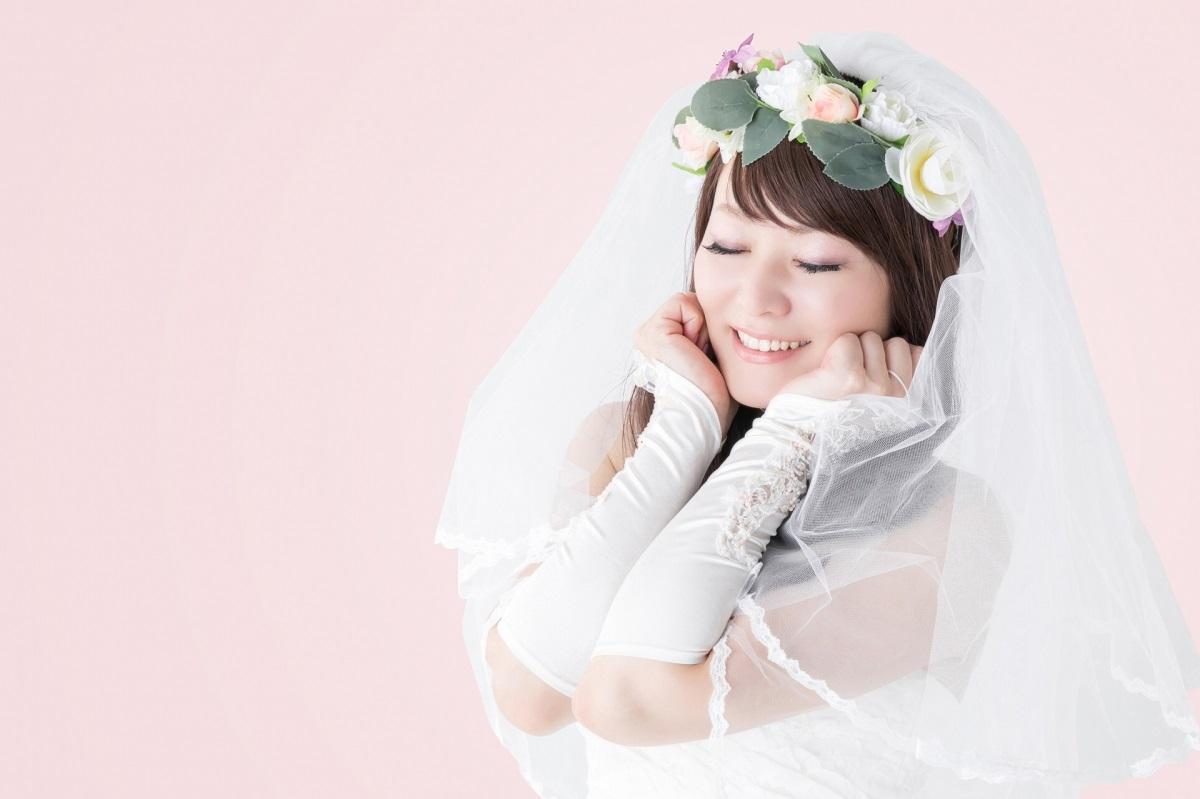 結婚 夢見る ウェディングドレス