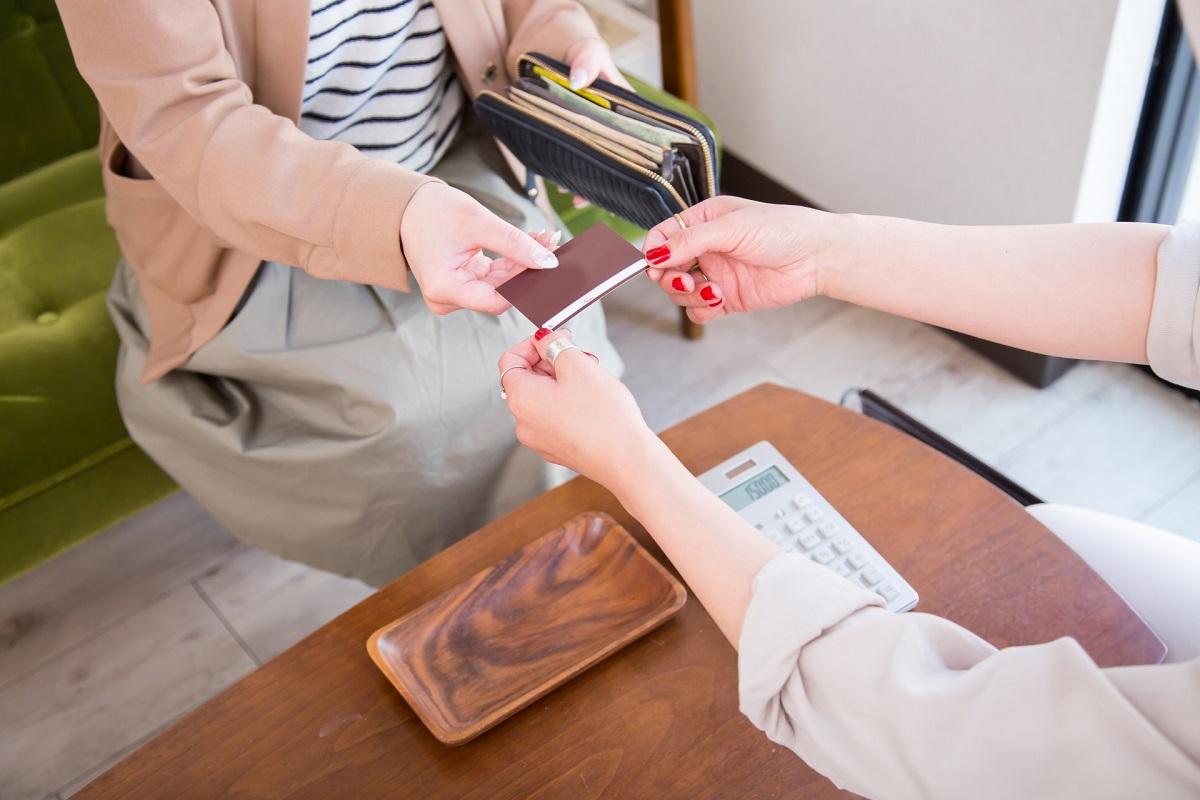 支払い カード クレジットカード